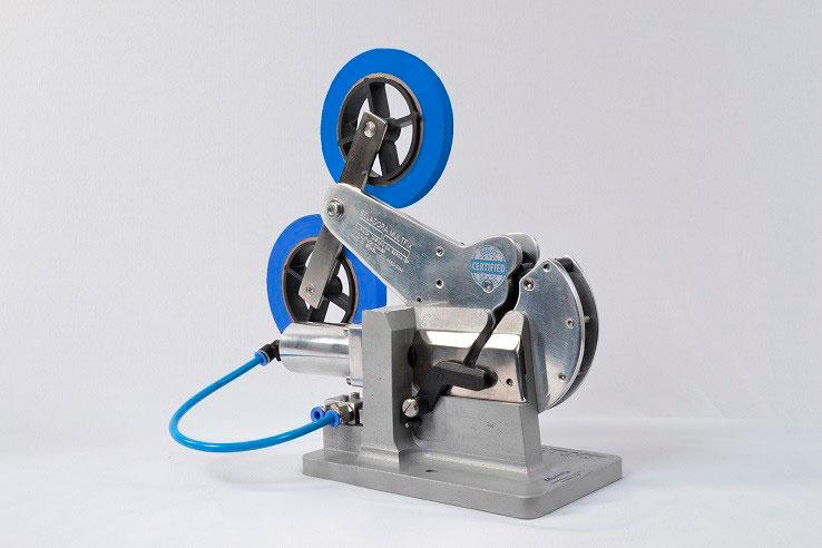 Máquina seladora pneumática